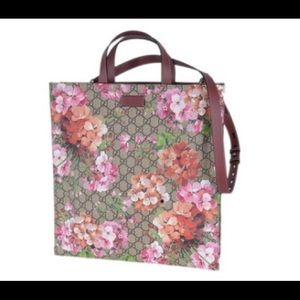 Gucci #450950 Bloom GG Supreme Large Totew/Strap